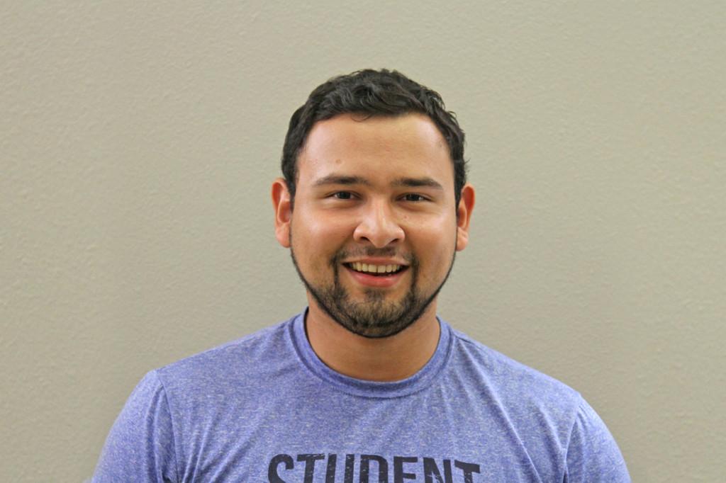 Juan Leonel Cantu Estudiante de economía y finanzas de último año