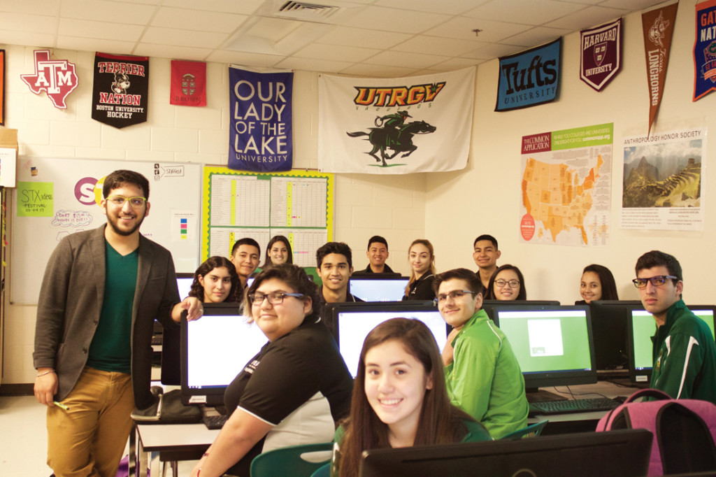 Marcos Silva, co-founder of Border Kids Code and an Advancement Via Individual Determination-ACT Test Preparation educator at Idea Quest in Edinburg with his students./Brenda Garza/The Rider
