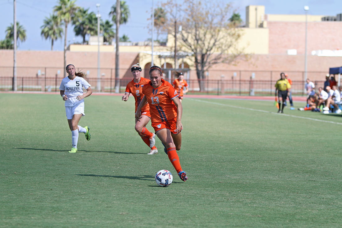 UTRGV junior forward Diandra Aliaga attacks the Chicago State defense in the first half of the team's 6-0 win Oct. 22 at the UTRGV Soccer and Track & Field Complex.